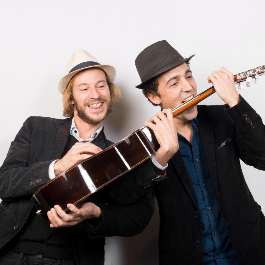The buskers duo book my music - La maison sur le port amalia rodriguez ...